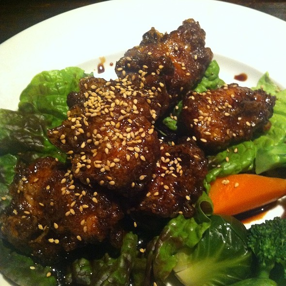 Sesame chicken - Sanraku Metreon, San Francisco, CA