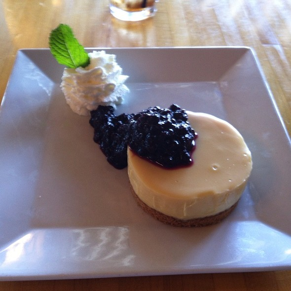 Key Lime Pie - Hurricane Restaurant - Kennebunkport, Kennebunkport, ME