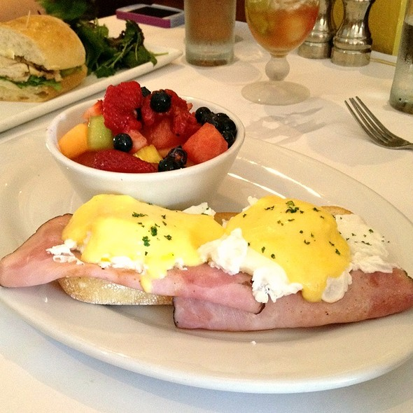 Tuscan Eggs Benedict - The Peasant & The Pear, Danville, CA