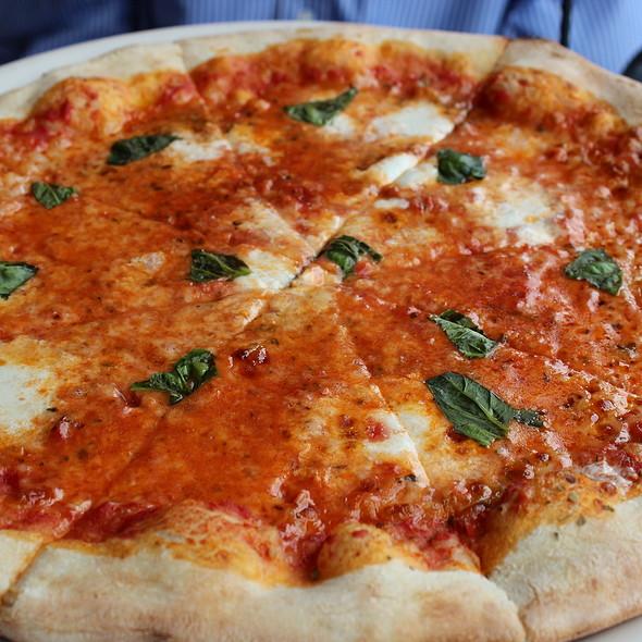 Pizza Margherita - Canaletto Ristorante Veneto, Newport Beach, CA