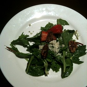 Mixed Green Salad With Balsamic Dressing, Gorgonzollla, Strawberries And Spiced Candied Pecans - 4 Olives Restaurant, Manhattan, KS