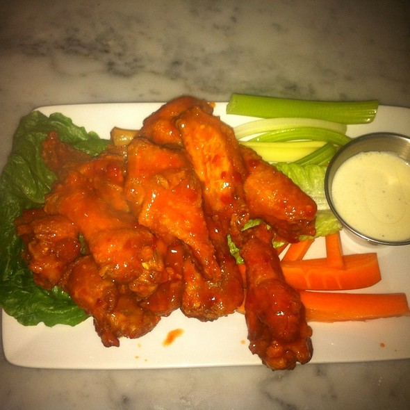 Jumbo Buffalo Wings - 121 Fulton Street, New York, NY