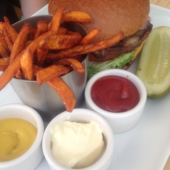 Chipotle Jalapeño Burger - Cava - Renaissance Esmeralda Resort & Spa, Indian Wells, CA