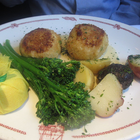 Crab Cakes with Broccoli and Potatoes - Cape Cod, Chicago, IL