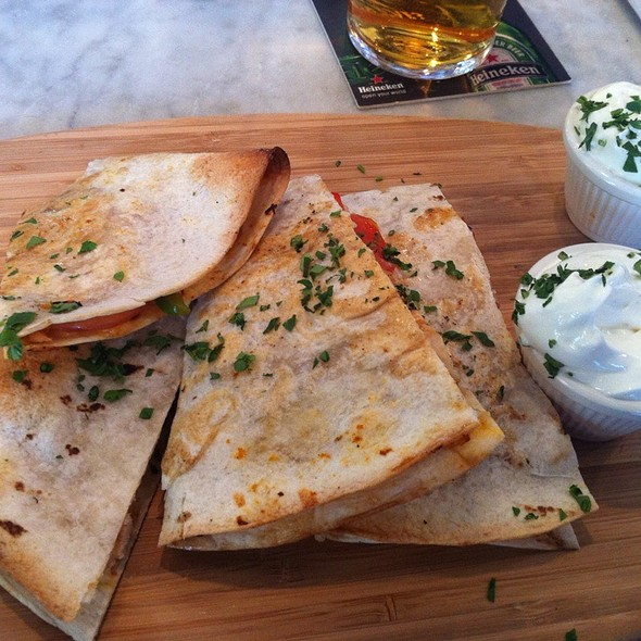 Chicken Quesadilla - THE FOX, Toronto, ON