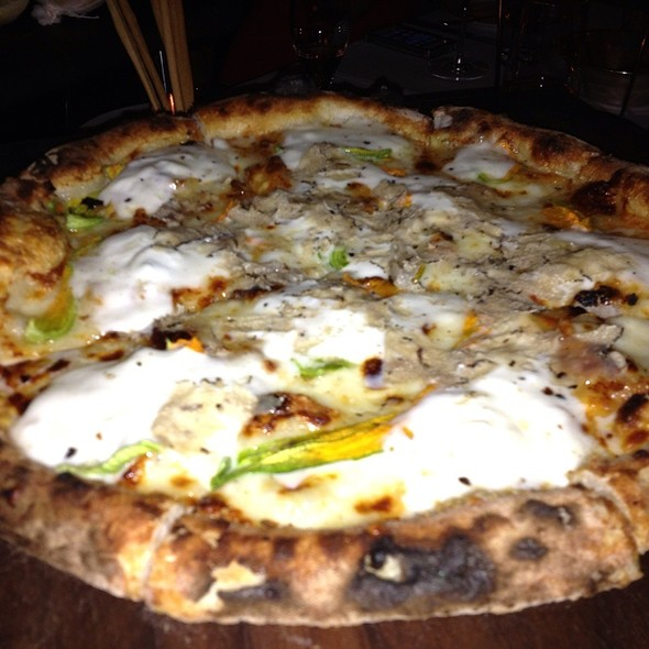Black Truffle Pizza  - Cecconi's, West Hollywood, CA