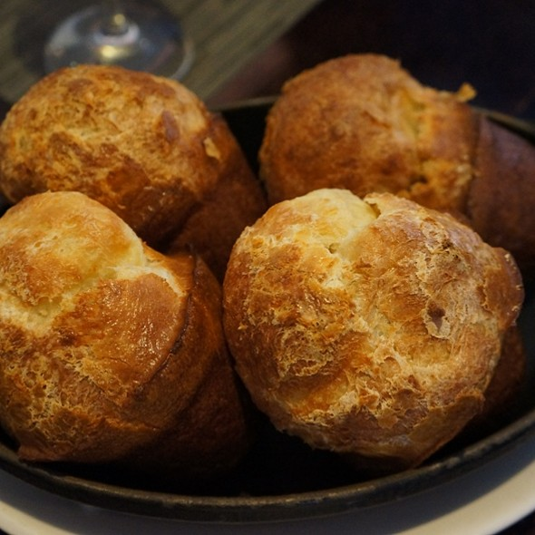 Cheddar Popovers - Jacobs & Co. Steakhouse, Toronto, ON