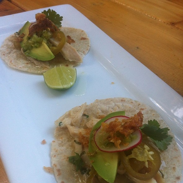 Chow Chow Chicken Taco - Sidedoor Contemporary Kitchen & Bar, Ottawa, ON