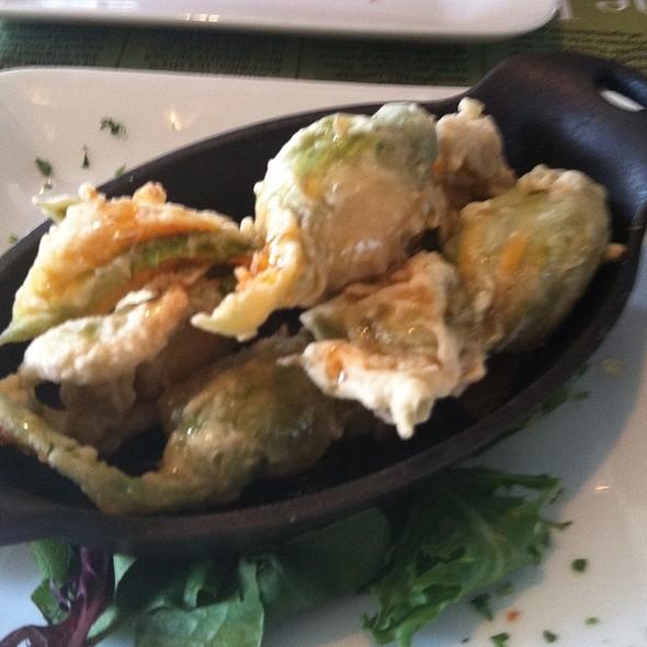 Zucchini blossom - Piero's Pizzavino, Palm Desert, CA
