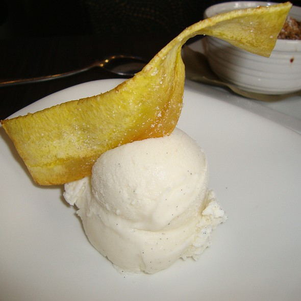 Vanilla Ice Cream - BLU - Restaurant & Lounge, Sugar Land, TX
