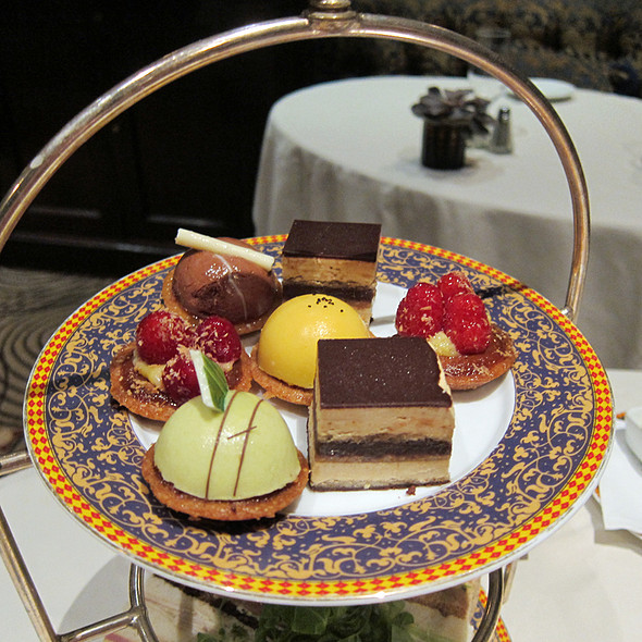 Cakes - The Carlyle Restaurant, New York, NY