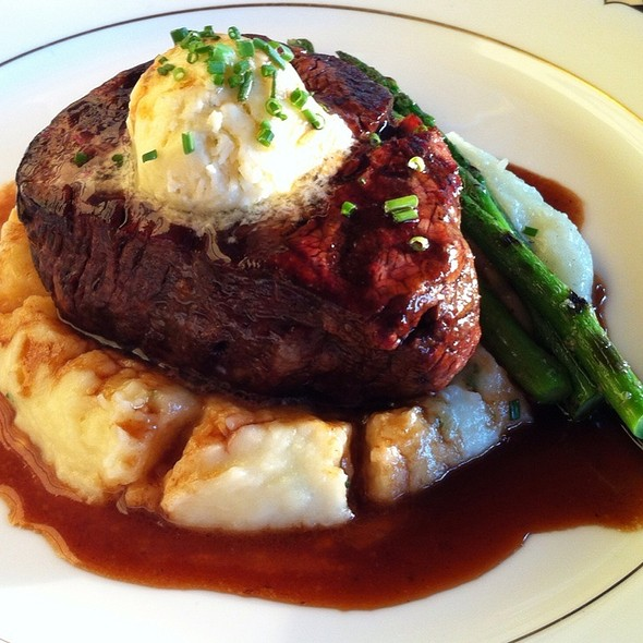 Filet Mignon - The Comus Inn at Sugarloaf Mountain, Dickerson, MD