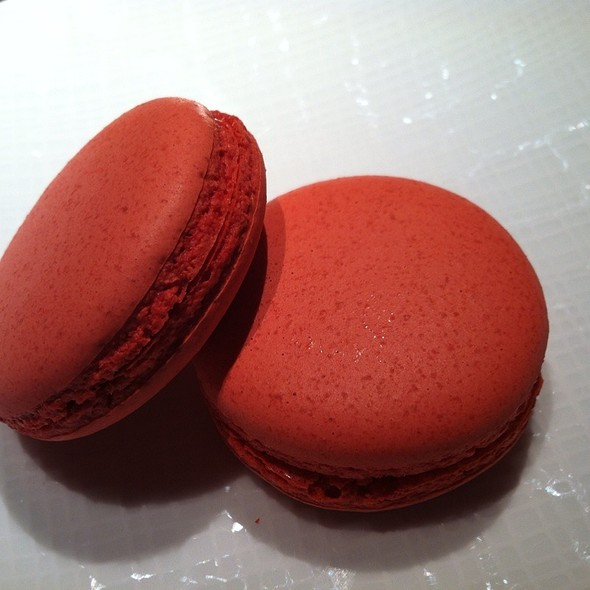 Heirloom Tomato Macaroon - Allium, Chicago, IL