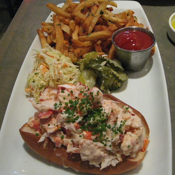 Lobster Roll (Sandwich) - B&G Oysters, Boston, MA