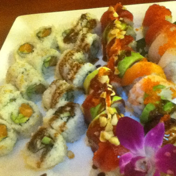 Hawaii Volcano Roll, Rainbow Roll, Salmon Roll And Eel Roll - Sushi Shiono - Kailua Kona, Kailua-Kona, HI