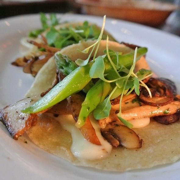 mushroom taco - La Calaca Feliz, Philadelphia, PA