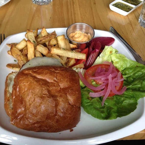 Durham Burger - Gilberth's Rotisserie & Grill, San Francisco, CA