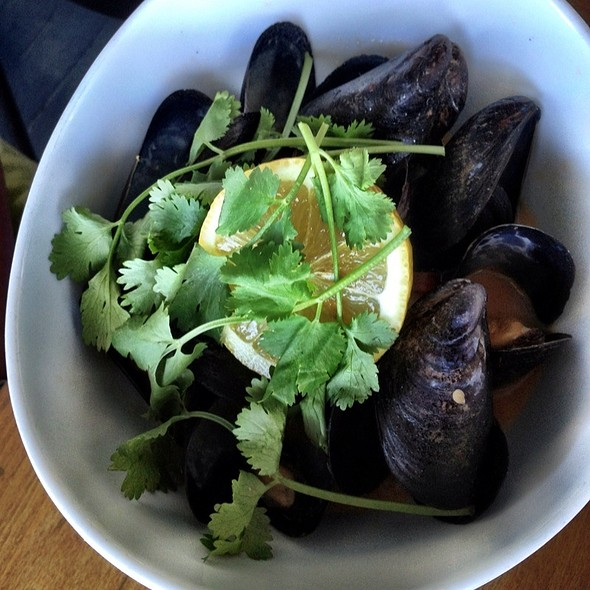 Picante Steamed Local Mussels - Brockton Villa, San Diego, CA