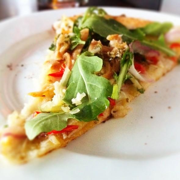 La Scala Pizza - Queen Margherita Pizza - Leslieville, Toronto, ON