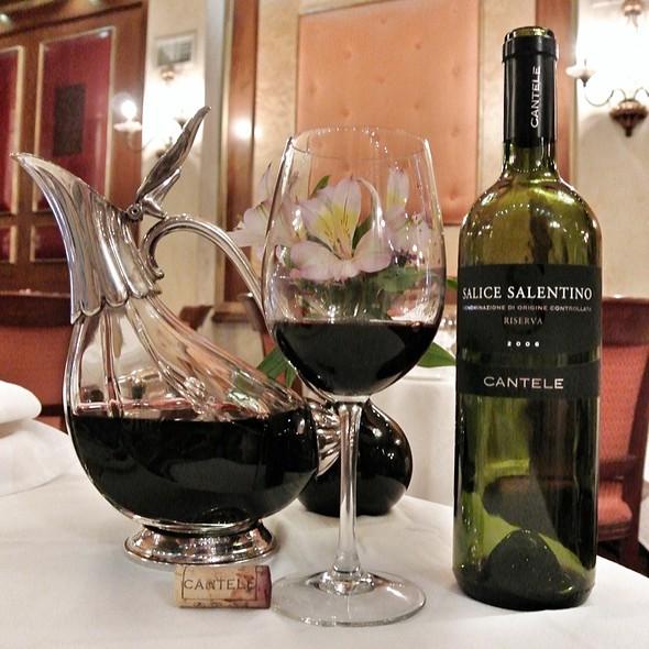 Red Wine - La Famiglia Ristorante, Philadelphia, PA
