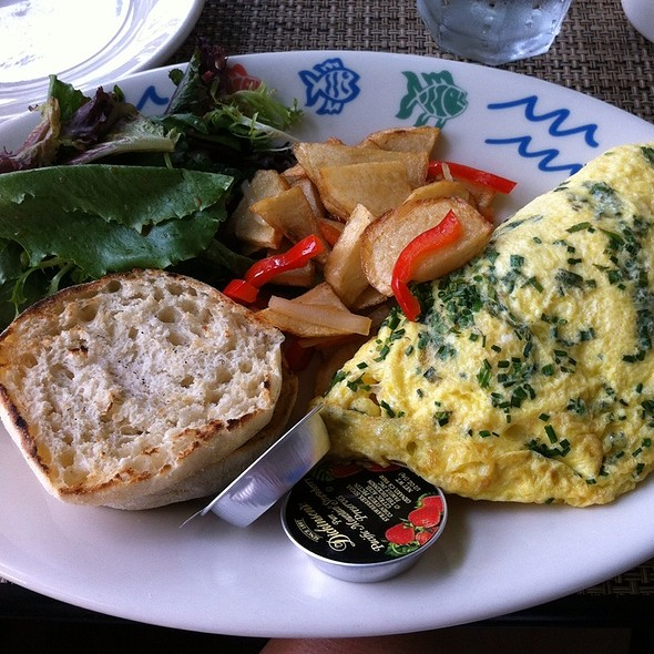 Smoked Salmon & Cream Cheese Omelette - Harbor Grill, Dana Point, CA