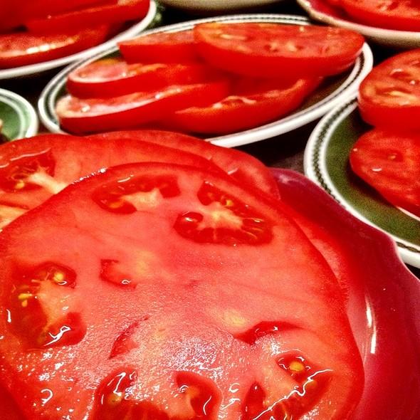 Sliced Tomatoes! - The Wishing Well, Wilton, NY