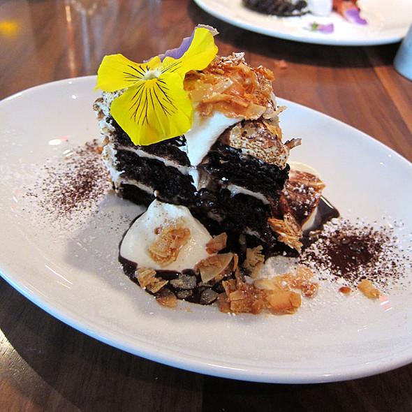 Bluestem Brasserie San Francisco Restaurant Info Reviews Photos