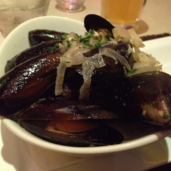 Mussels - Angelique Euro Cafe, Coral Gables, FL