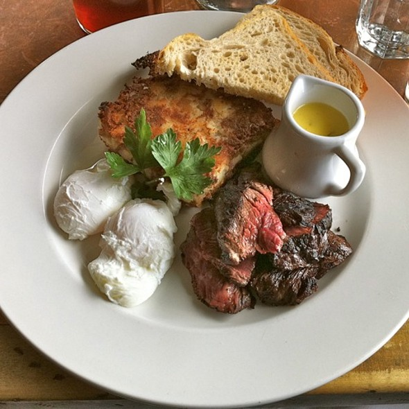 Hanger Steak and Eggs - Smithfields, Ashland, OR