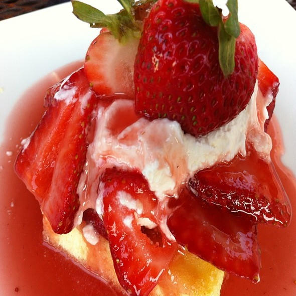 strawberry shortcake - Indigo Landing, Alexandria, VA