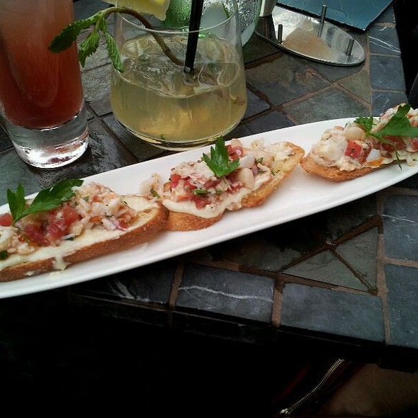 Lobster Crostini - Aragosta Bar and Bistro, Boston, MA