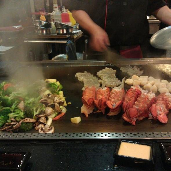 Fujiyama Delux - Fujiyama Japanese Steak House & Bar - Olympia, Olympia, WA