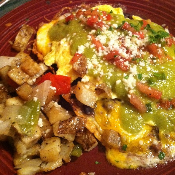 huevos rancheros with carnitas - Stokes Grill and Bar - Old Market, Omaha, NE