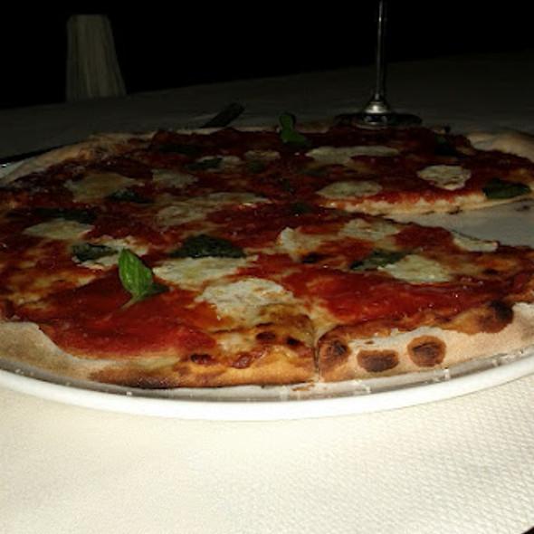 Pizza Margherita - Savona - King of Prussia, Gulph Mills, PA