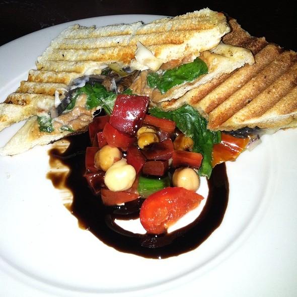 Portobello, Spinach, Olives, Roasted Tomato, Fontina, Cumin Aioli Panini - Vero Uptown, New York, NY