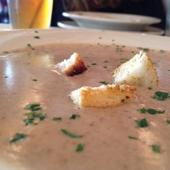 Mushroom soup - Francesca's Bryn Mawr, Chicago, IL