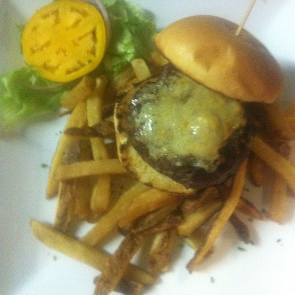 Cabin Burger - Michaels Restaurant, Key West, FL