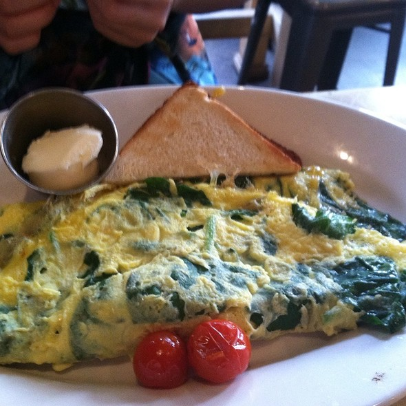 Spinach Omelette - M Street Kitchen, Santa Monica, CA