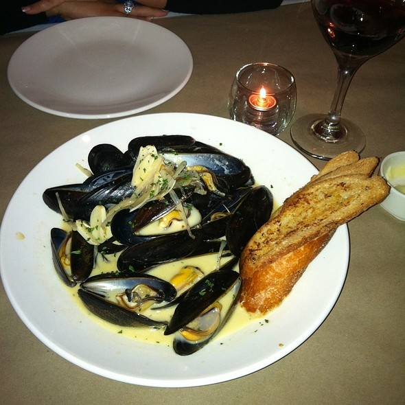 Mussels - Mes Reves, Bloomfield, NJ