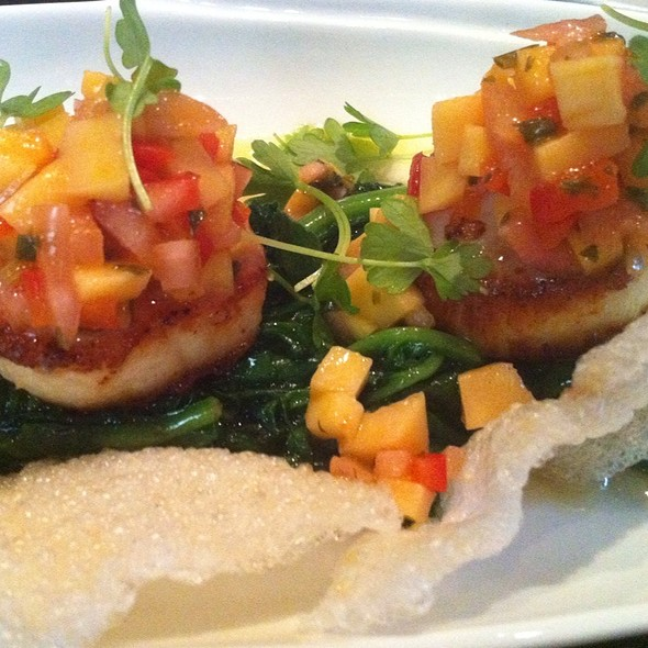 Pan-Seared Diver Scallops W/ Mango Salsa - Jane G's, Philadelphia, PA