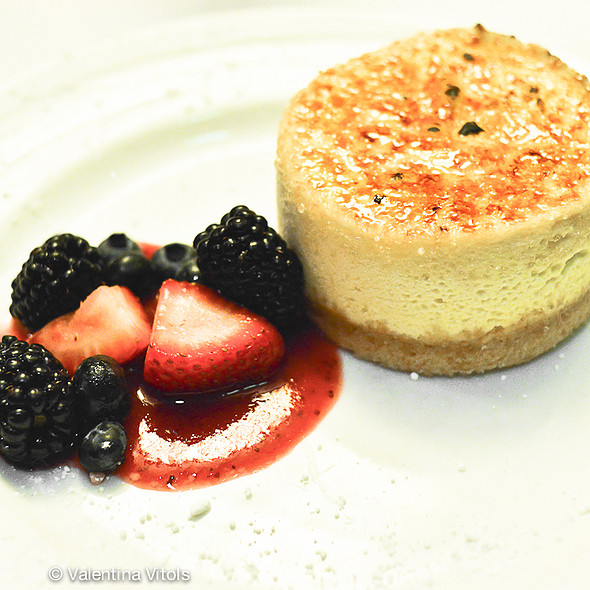 Cheesecake with Fresh Seasonal Berries - The Capital Grille - Seattle, Seattle, WA