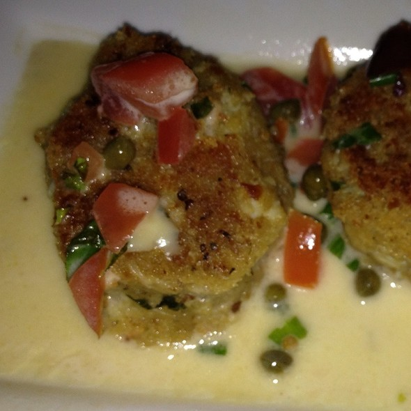 Crab Cakes - Grappa Bistro, Golden