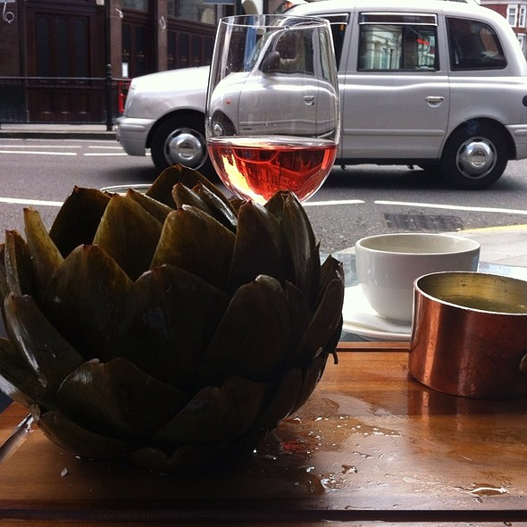 Steamed Artichoke with lemon aioli - The Botanist, London