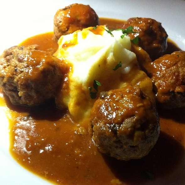 house-made meatballs - Il Violino, New York, NY