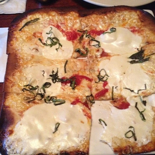 Margherita Flatbread - Cobblestones of Lowell, Lowell, MA