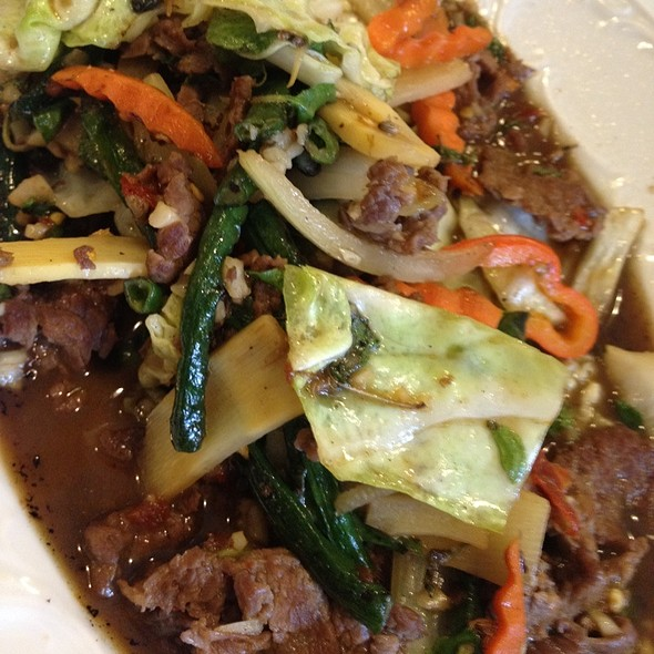 Thai Basil Beef - To Thai For, Honolulu, HI