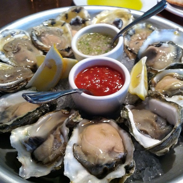 Oysters - Soif Wine Bar Restaurant, Santa Cruz, CA