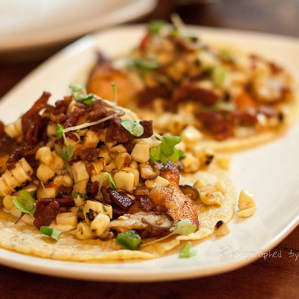 Tacos de Salmon - Zona Rosa, San Jose, CA