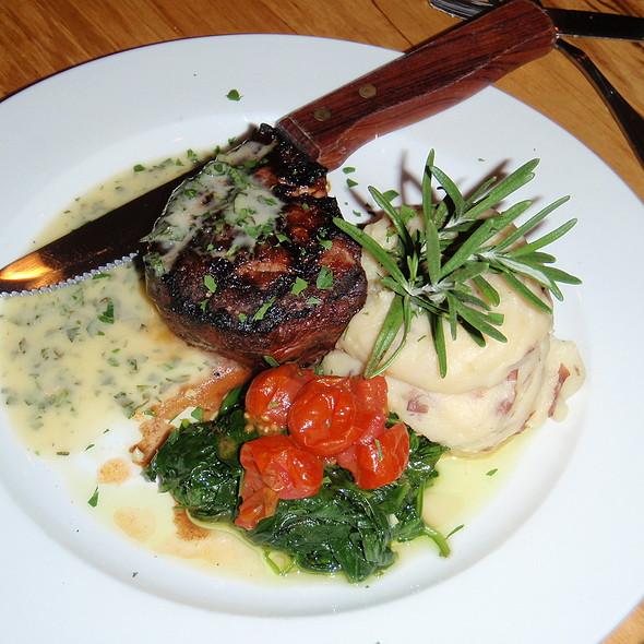 Beef tenderloin - Thornton River Grille, Sperryville, VA