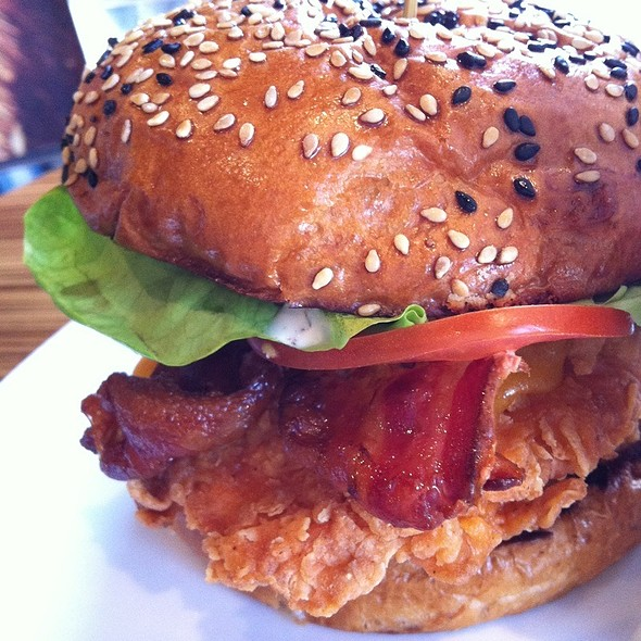 Crispy Chicken Sandwich - Rogue Kitchen & Wet Bar - Broadway, Vancouver, BC